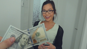 Asian college student receives cash for her pussy