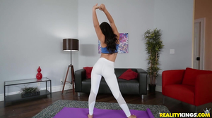 Athletic young babe gets eaten out after the yoga