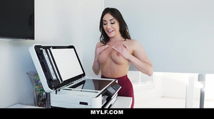 Young babe has oral fun with a sexy MILF at the office